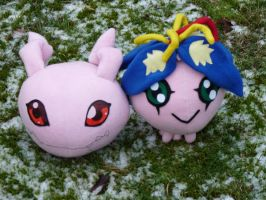 Digimon in snow by Calzones-Plushies