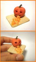Miniature Puking JackO'Lantern by vesssper