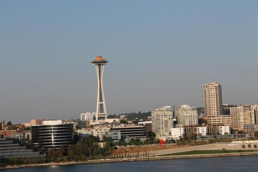 Space Needle from afar by pvcm