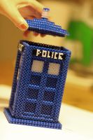 Hama Bead Tardis by lwordish