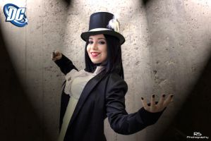 Zatanna from DC Comics by RaquelSPhotography