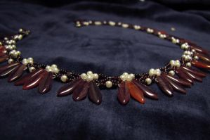 Red dagger necklace by Yanagi-no-Yume