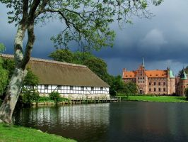 Egeskov Castle by kanes