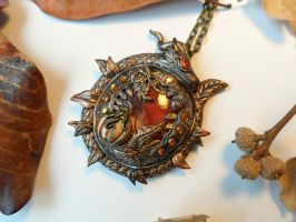 'In the Fall' - handsculpted Autumn pendant by RegnumLaternis