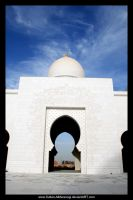 Sheikh Zayed Mosque Entrance by Sultan-Almarzoogi