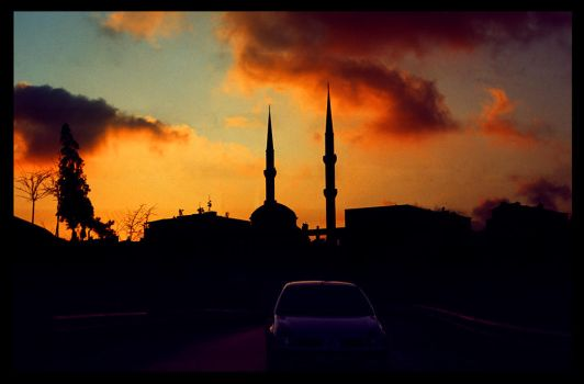 istanbul in flames by satanstolemytedibear
