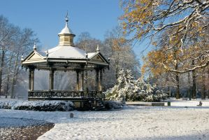Music Kiosk in the snow by steppeland