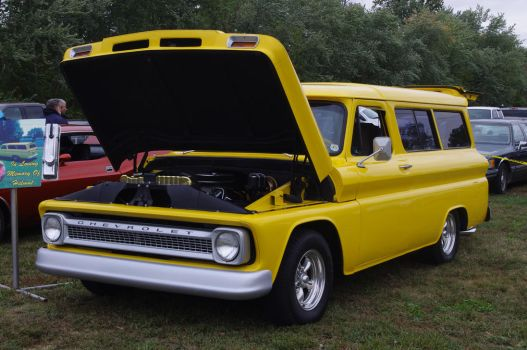 1965 Chevrolet Suburban by Shadow55419