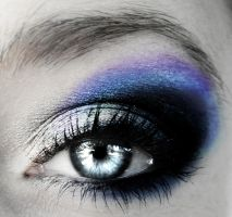 BLuE makeUp by flameXofXmisfortune