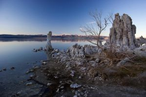 Mono Lake Dusk by MartinIsaac