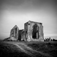 Ruins of Abbey III by ThierryV