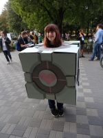 Companion Cube Cosplay by Alex-chan666