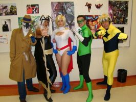 Power Girl and friends by mandamiani