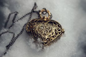 Lost Artefacts: Heart Pocket Watch by DocileGloom