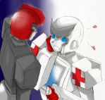 Ironhide is scared xD by BumblebeeSam