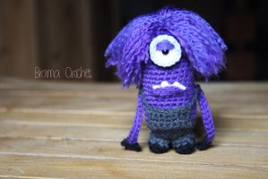 Purple Minion Amigurumi crochet doll by BramaCrochet