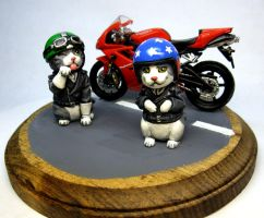 Kitty Bikers by Switchum