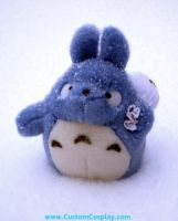 Totoro alone in the snow by The-Cute-Storm