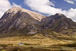 House in the Glen by Redtanglewood