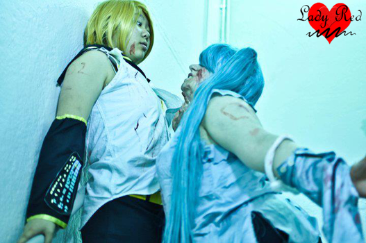 Zombie Miku- Attacking Len by XLady-RedX