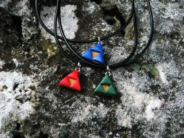Custom Triforce Necklace Commission by totalexistancefail