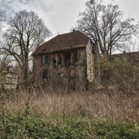 Decay by Weissglut