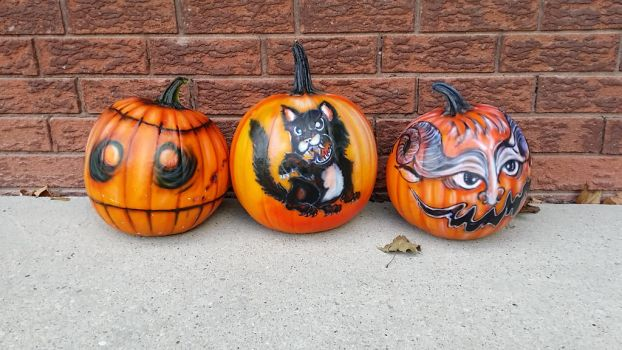 Airbrushed Pumpkins by AlexandrasAirbrush