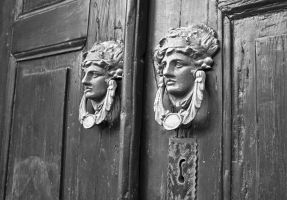 the knockers by cachealalumiere