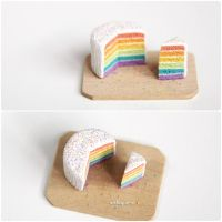 A tiny rainbow cake. by Aiclay