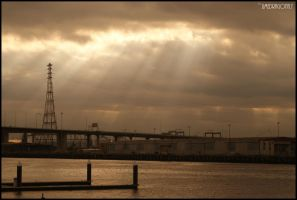 Dockland Rays IV by limedragonfly