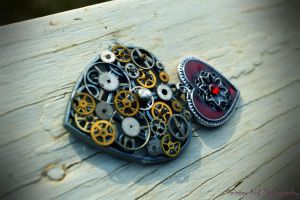 Steampunk Heart by SinissterKid