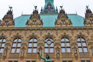 Town Hall Hamburg by HexeMistelzweig