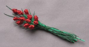 Another Rose Bud Bouquet by reynaldomolinawire