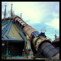 Space Mountain by Anawielle