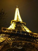 Eiffel de nuit by Merlyn-Wood