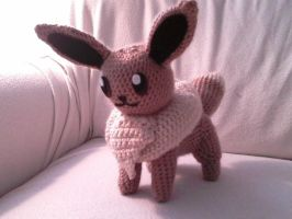 Eevee Crocheted by Kitorahoshi