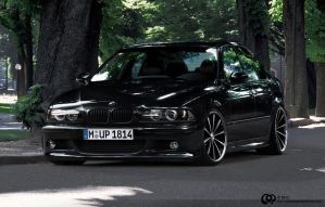 BMW M5 E39 by Cop-creations