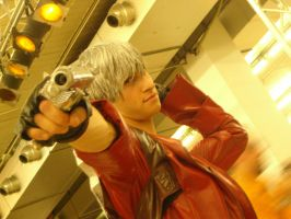 Devil May Cry 3 DANTE COSPLAY by MuzzaThePerv