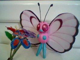 Pink Butterfree Papercraft by PrincessStacie
