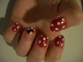 Minnie Mouse Nail Art by BlueBlasta
