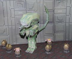 THE ALIEN in Hako with alien eggs by SarienSpiderDroid