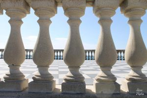 Small columns by AlicePhotos-ITA