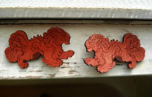 Foo Dog barrette- red by missmonster