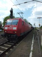 145 016 with car train by damenster