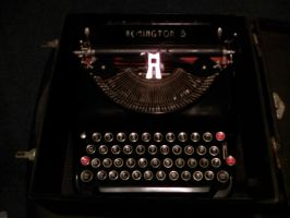 TYPE WRITER!!!!!!!!!!!!! by Jaws1996