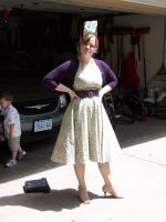 Me wearing the green retro dress I made by annjepsen