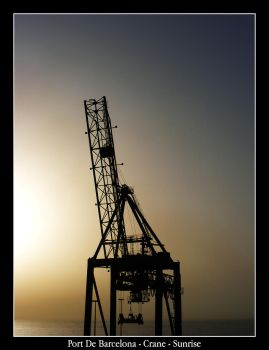 Port De Barcelona Crane by mattsteele17