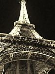 Under the Eiffel by LineVenie