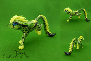 Acino - cheetah griffin on the run by CalicoGriffin