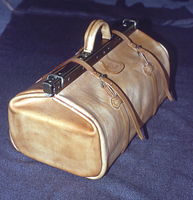 Doctor style bag by mauromago
